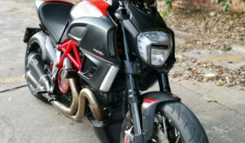 Ducati Diaval Carbon Y16 2013 full